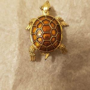 Vintage Turtle Brooch